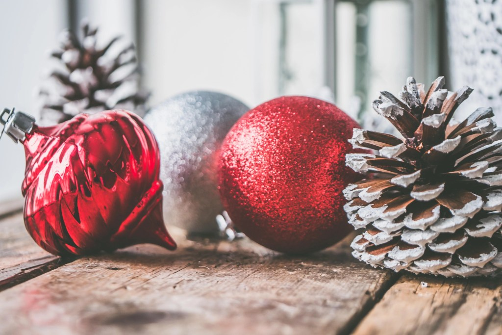 how to organise Christmas decorations - baubles on a table
