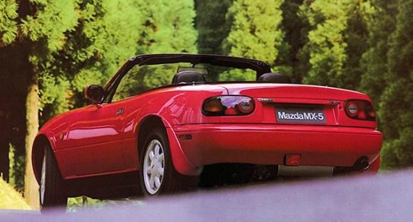 La première génération de Mazda MX-5, le style n'a pas bougé depuis 25 ans
