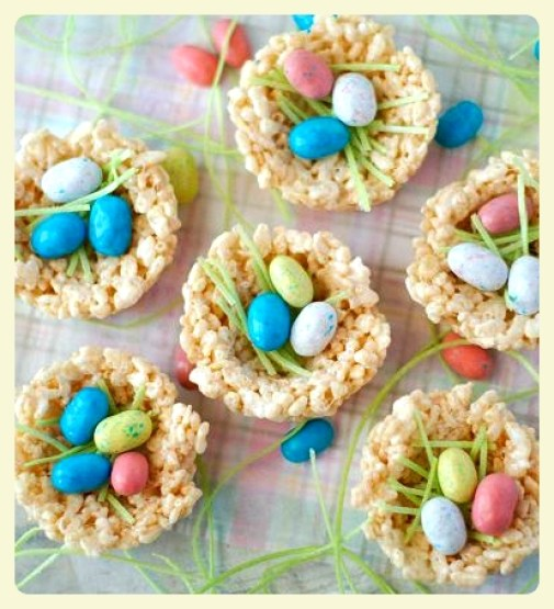 Rice krispy treat and jelly bean bird's nests. Featured by LE CHEMIN ABA, learning house for children with autism, in Paris, France.