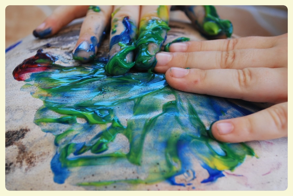 Finger painting as a family. Featured by Special Learning House. www.speciallearninghouse.com..jpg
