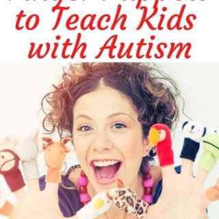 How to use finger puppets to teach kids with autism