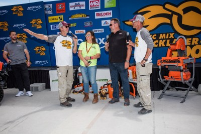iQ interview at the winner's stage during the SPECMIX BRICKLAYER 500