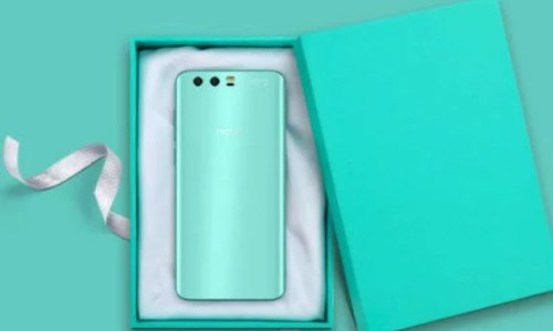 Robin Egg Blue Honor 9 Limited Edition Launched At IFA 2017