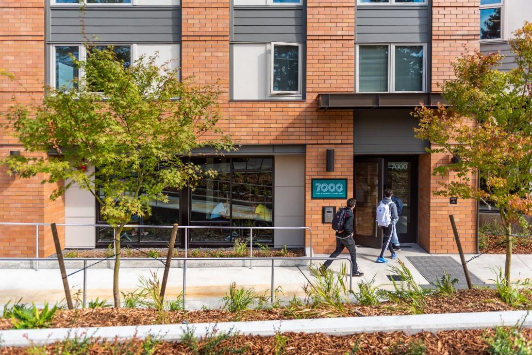 SCC - 7000 Campus Living