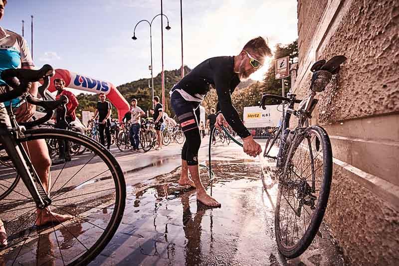 Tour de Friends, Rad Race
