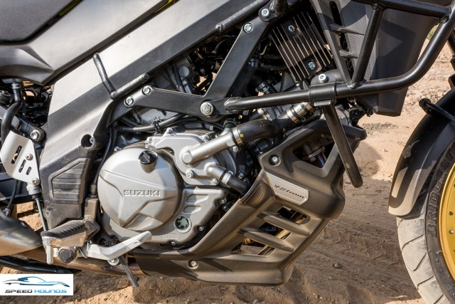 Suzuki Versys 650 XT ABS engine review