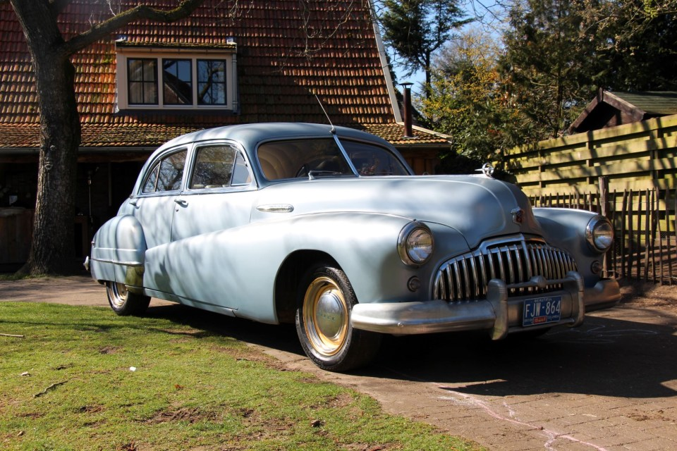1946 Buick Roadmaster Straight 8