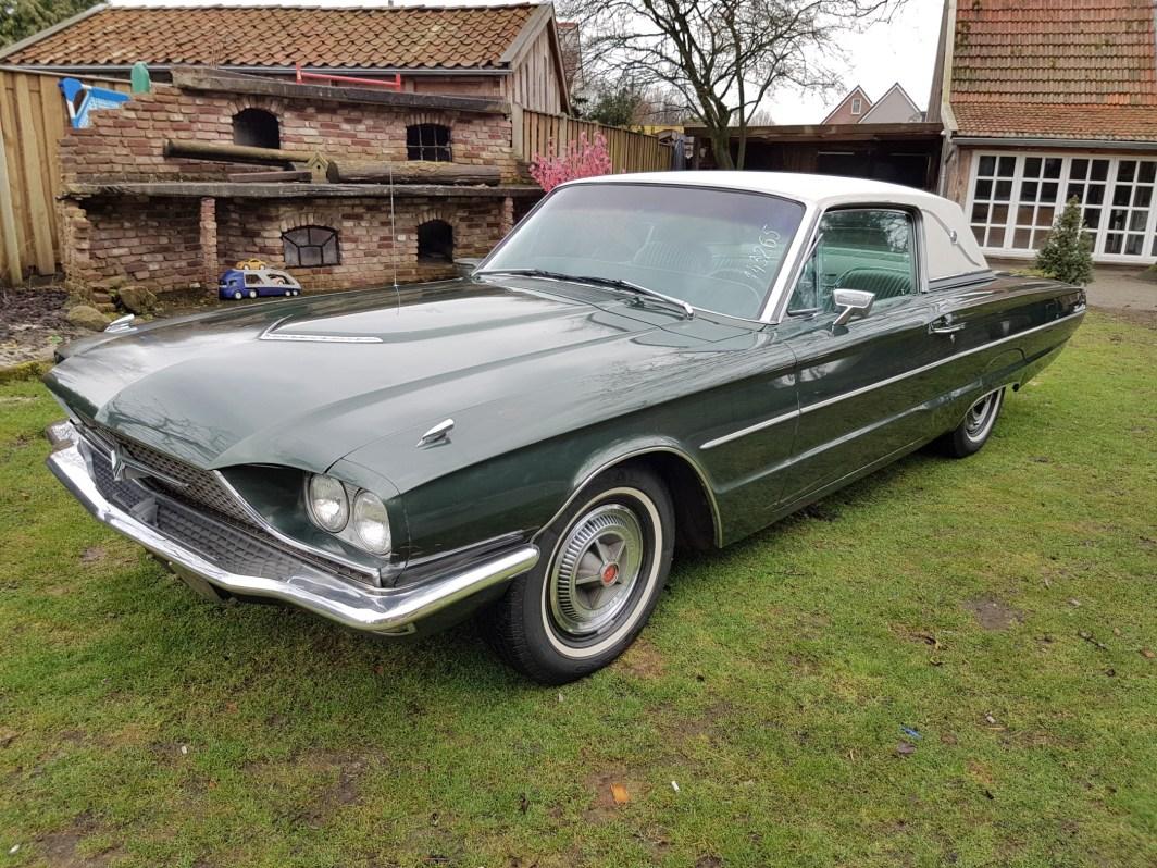 1966 Ford Thunderbird Town Landau - Cruise