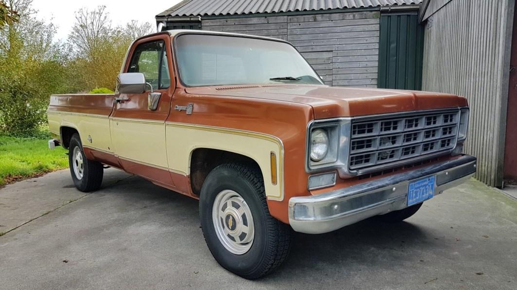 1977 Chevrolet Cheyenne 20 454ci - slide