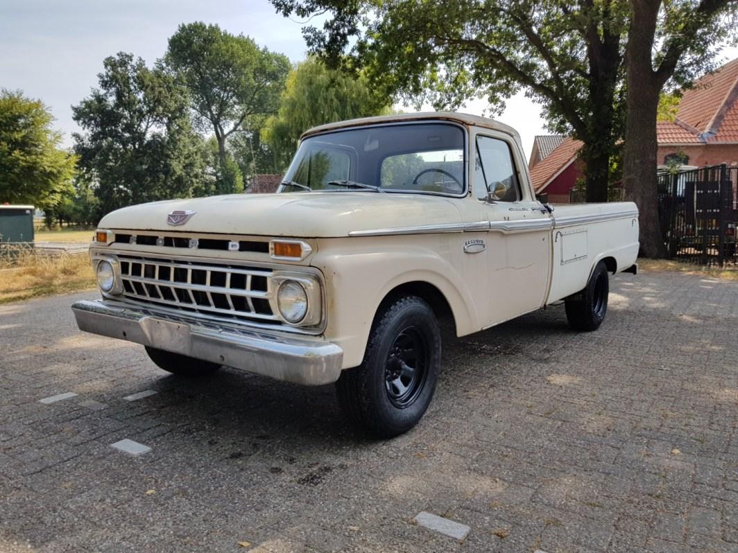 1965 Ford F100 390ci V8