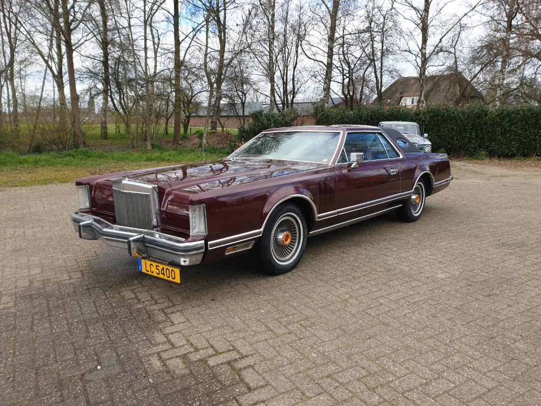 1979 Lincoln Mark V 400ci (1)