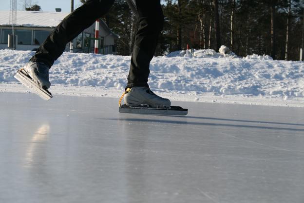 skridsko-is-liten.jpg