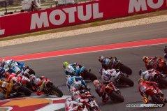MotoGP-by-Jennifer-Stamps-8404-[1600x1200]