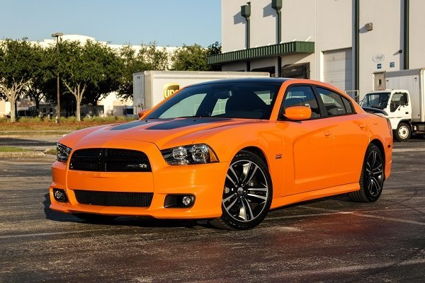 Driven 2014 Dodge Charger Srt8 Super Bee Speed Sport Life