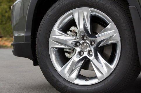 2014_Toyota_Highlander_Hybrid_Platinum_7