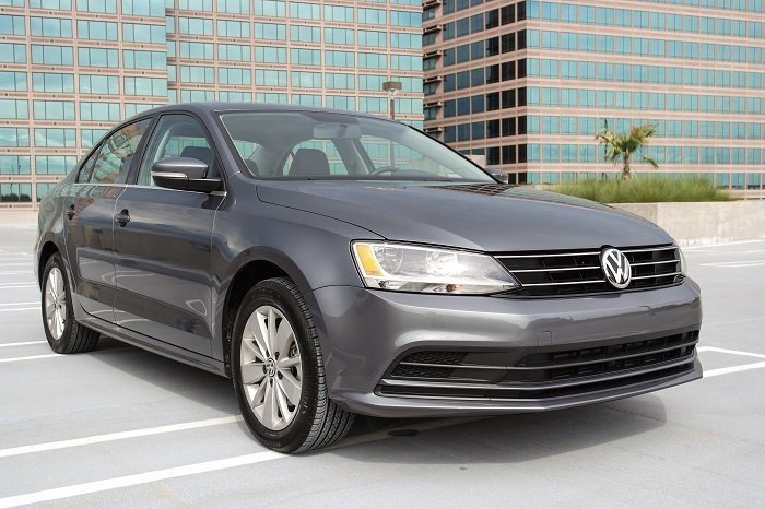 driven 2015 vw jetta 1 8t se speed sport life. Black Bedroom Furniture Sets. Home Design Ideas