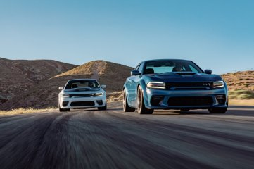 2020 Dodge Charger Scat Pack Widebody (Left) and 2020 Dodge Charger SRT Hellcat Widebody (Right)