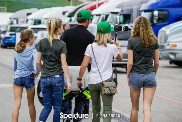 Earchphoto - The De Boer family walking in the paddocks at COTA.