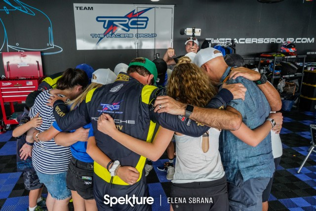 Earchphoto - TRG Team huddle before a race.
