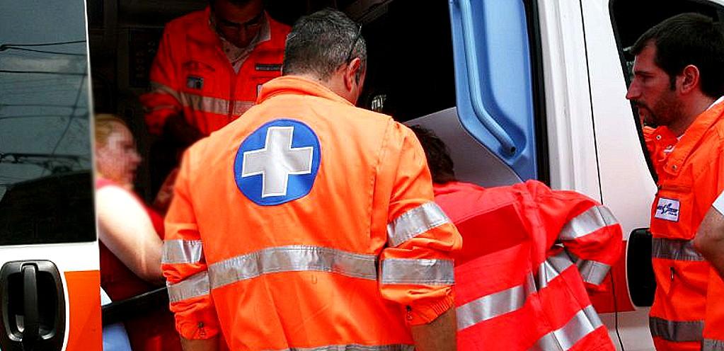 Incidente all'altezza dell'uscita di Spello, ferita una giovane di Montefalco