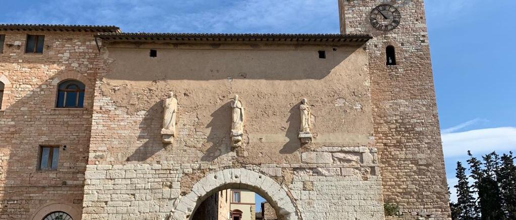Al via i lavori di restauro della fontana medievale di Borgo