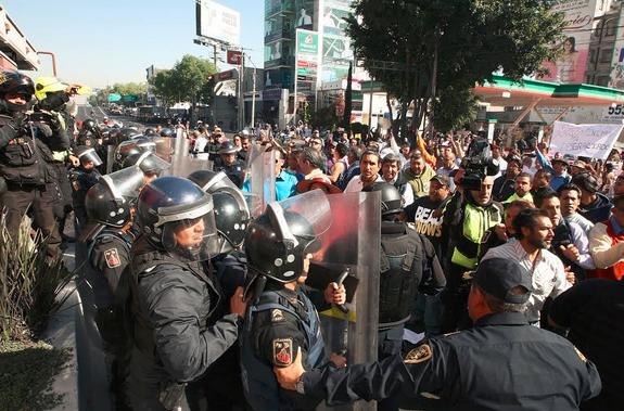 Mexico Gas Prices Chaos - Gasolinazo