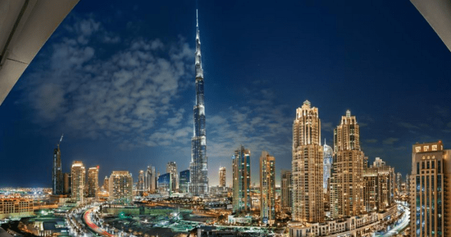 Dubai - Money - No Refugees