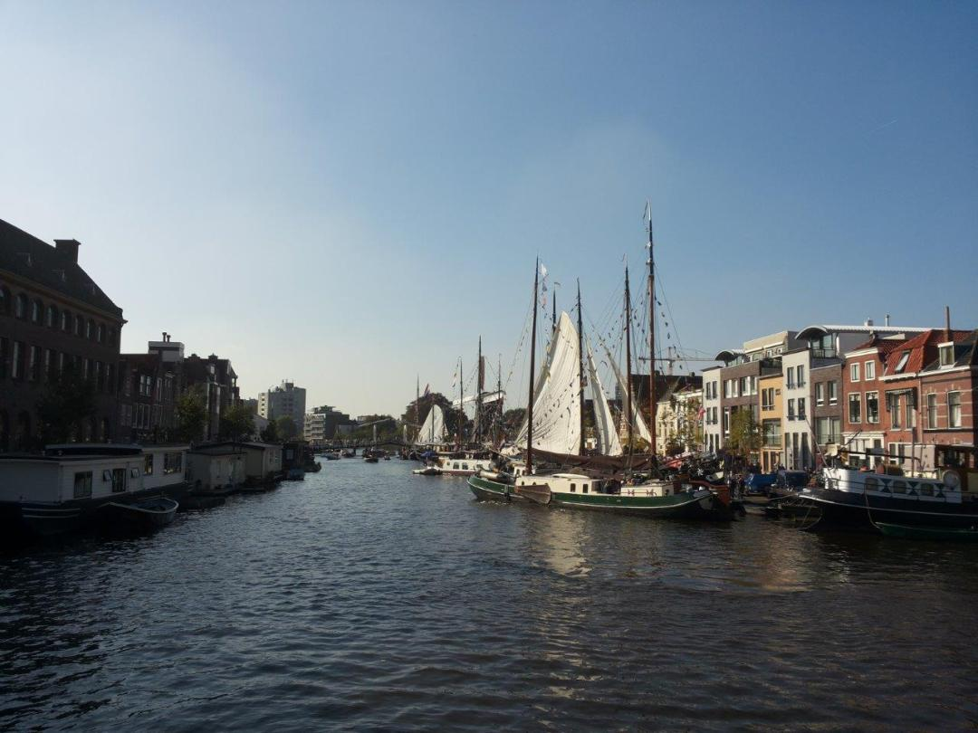 living on the water in Leiden