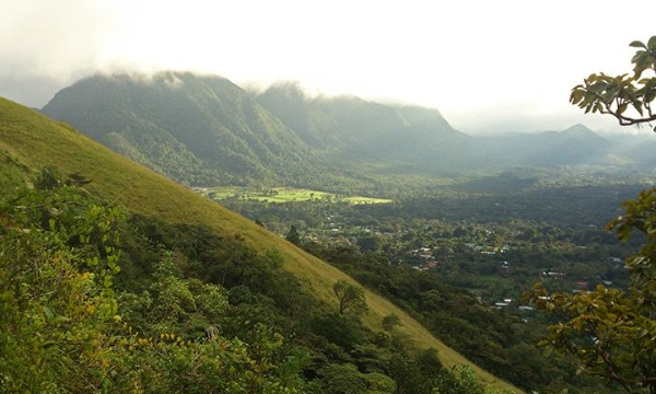 el_valle_de_anton_panama_travel_the_world