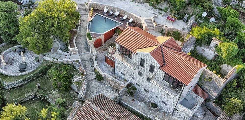 accommodation and activities in Montenegro