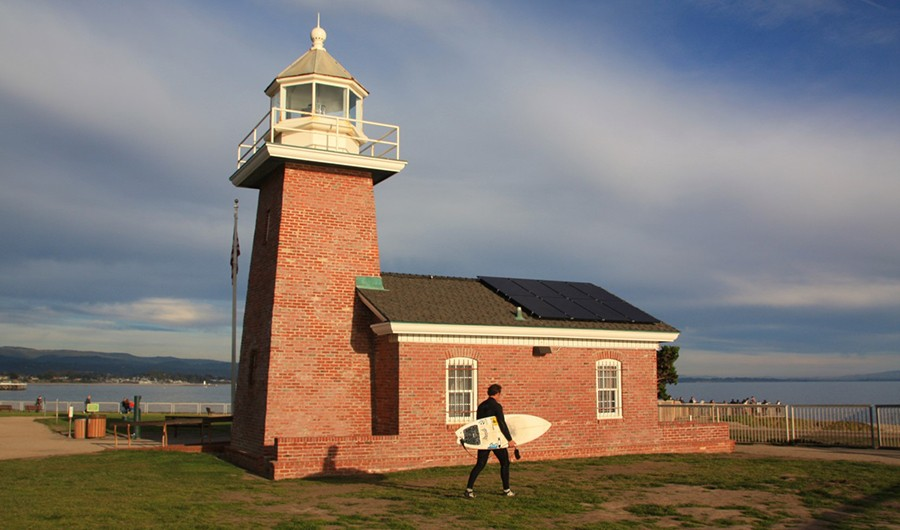 Things to do in Santa Cruz: Santa Cruz lighthouse and surfing museum