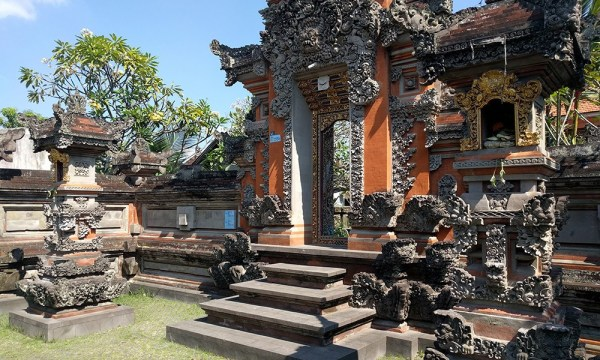 bali_indonesia_temples_travel