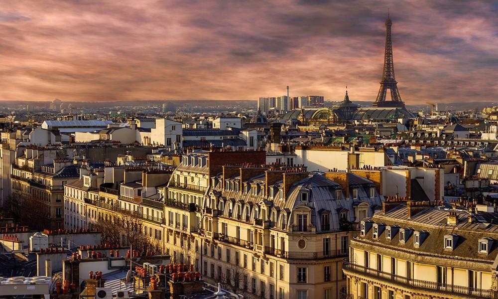 expat life in Paris, France