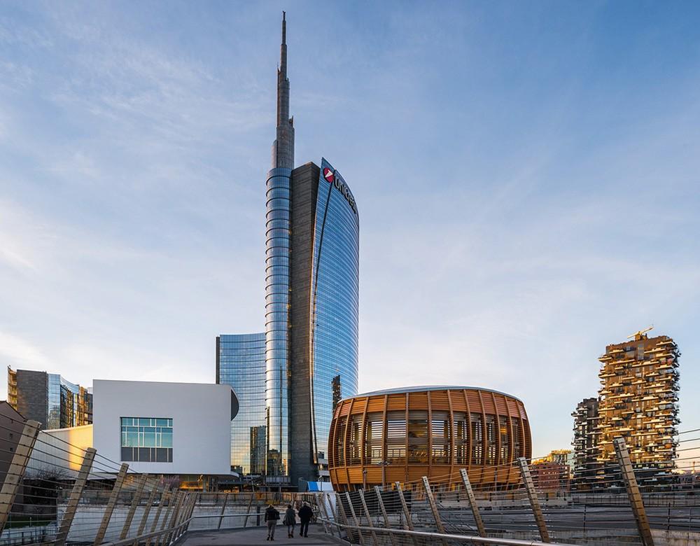 living in Milan as an expat