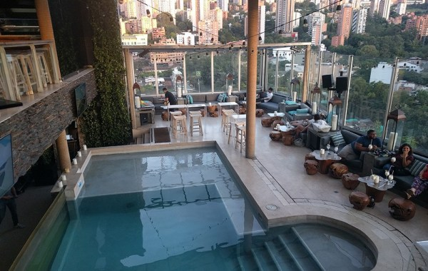 best_rooftop_bar_medellin_colombia