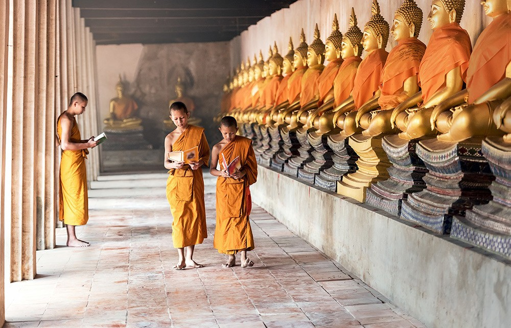 Visiting temples in Thailand as a woman - things to know about traveling to thailand as a woman