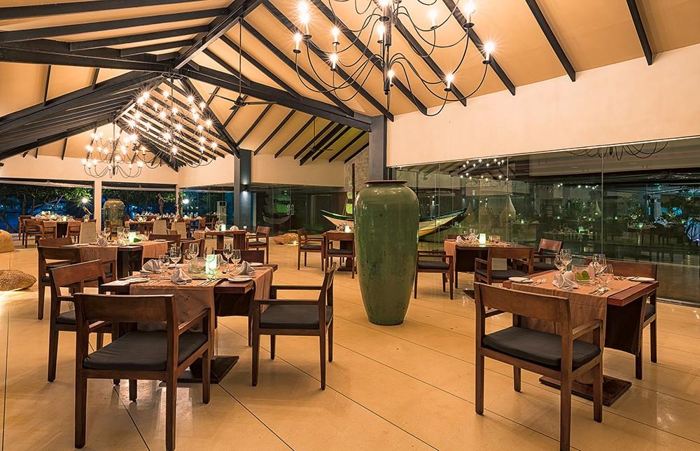 Where to Stay in Bentota - Centara Ceysands Resort & Spa review