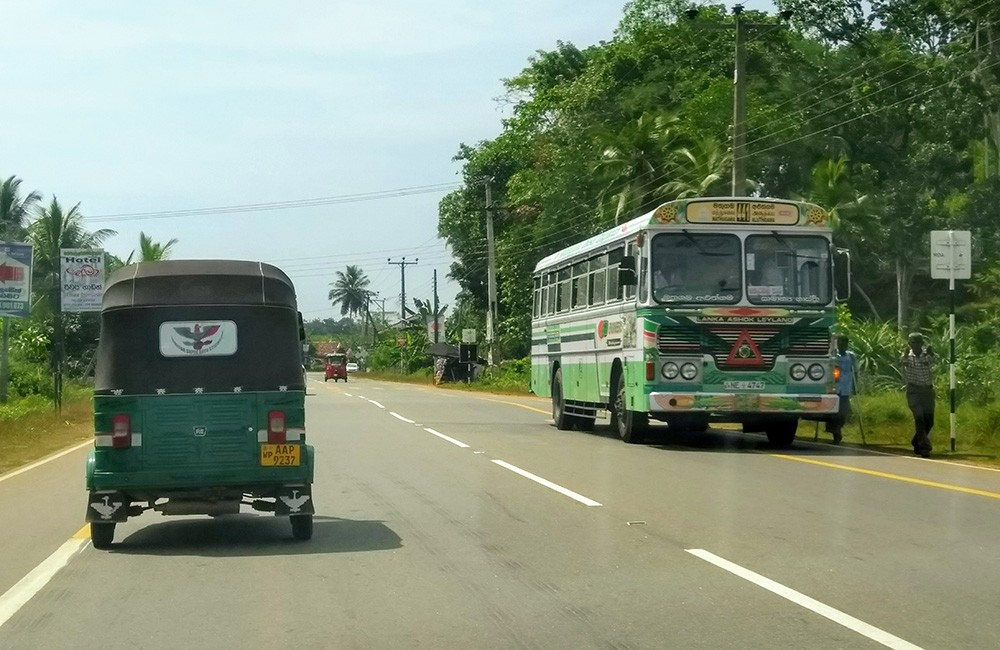 What to know about driving in Sri Lanka - buses stop frequently