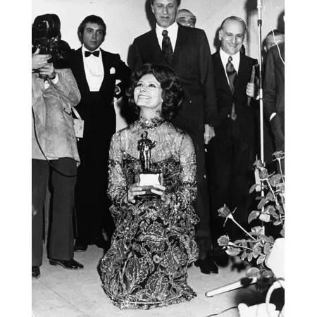 Sophia Loren oscar 1