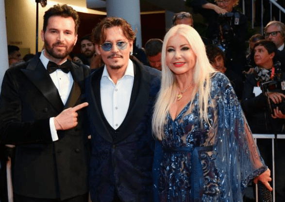 venezia-76-red-carpet-waiting-for-the-barbarians-johnny-deep-andrea-iervolino-monika-bacardi-