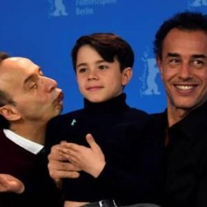 Berlinale 2020: Roberto Benigni presenta Pinocchio a Berlino e invia un messaggio agli italiani sul Coronavirus «Non fatevi prendere dal panico»