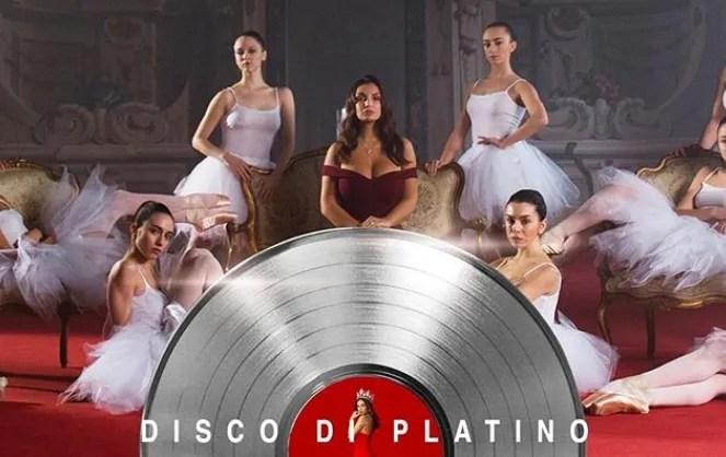 Elettra Lamborghini Disco di Platino per Musica (E il Resto Scompare)