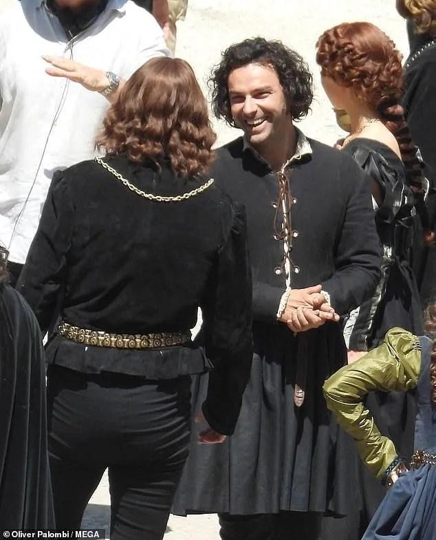 leonardo serie tv cast aidan turner foto dal set tivoli