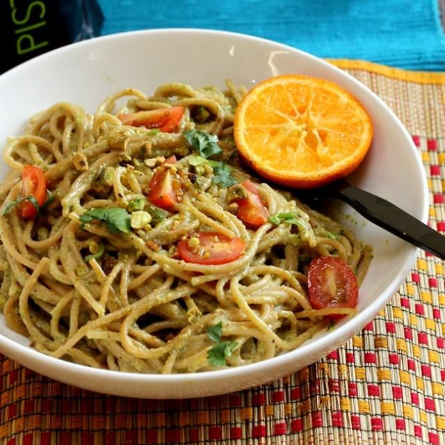 Pistachio Broccoli Pesto with Spagetti