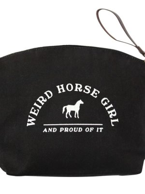 Gv7mKdozSGuIb3kL6irC_weird-horse-girl-makeup-bag-05_web1.jpg