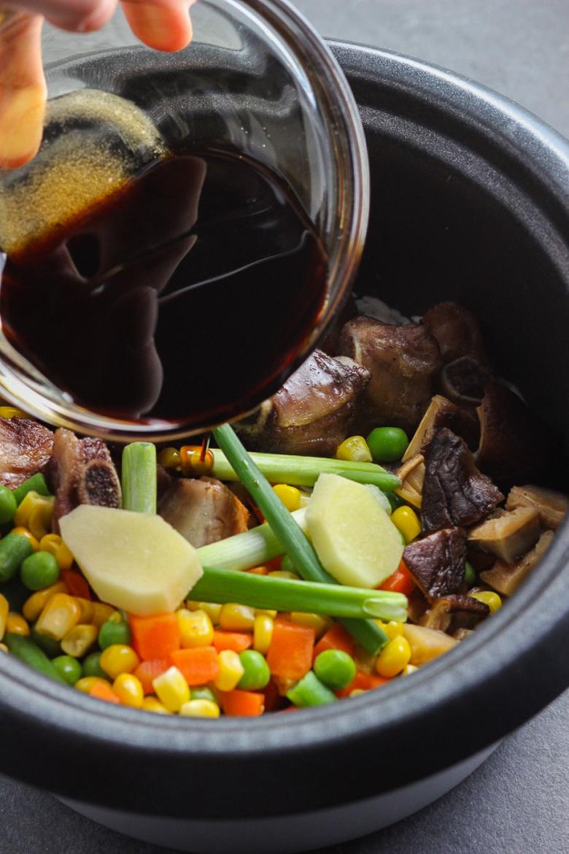 Super Easy Chinese Pork Rib Rice Bowl-Step Three