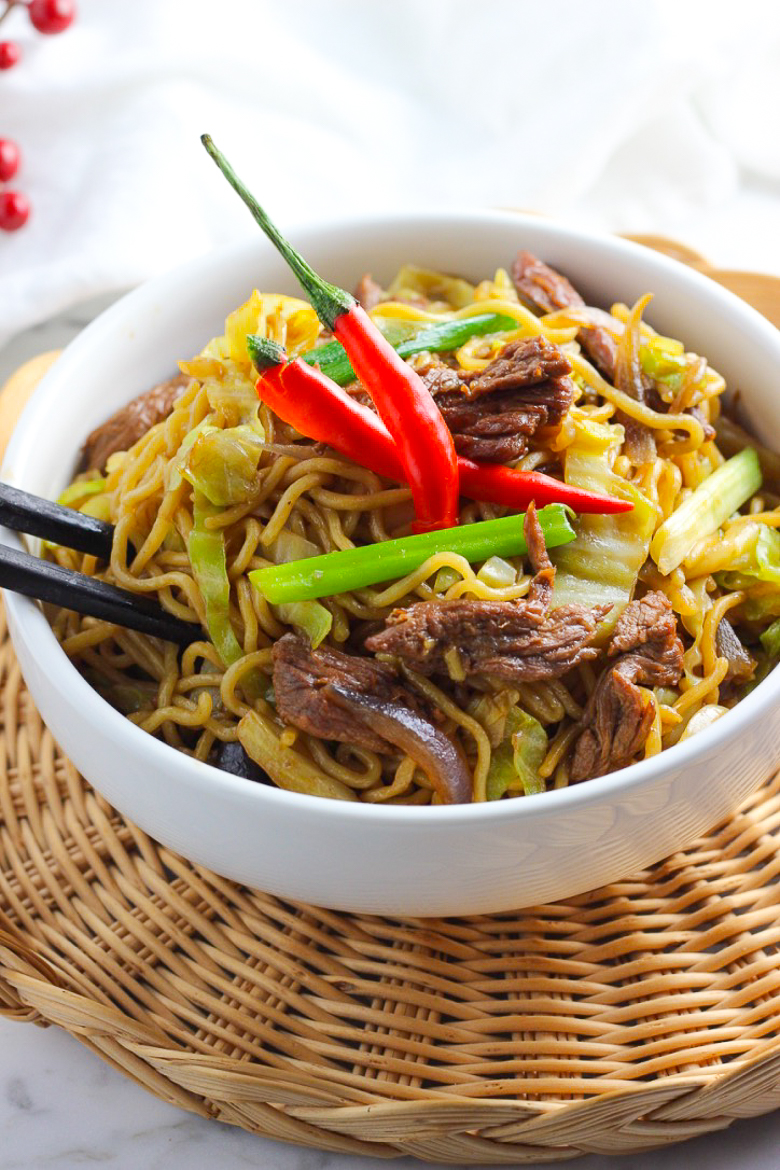 Stir-fried Ramen With Beef Picture