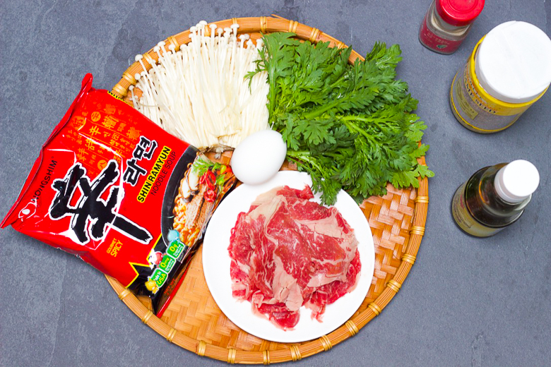 Deluxe Instant Ramen With Beef and Vegetables-Ingredients
