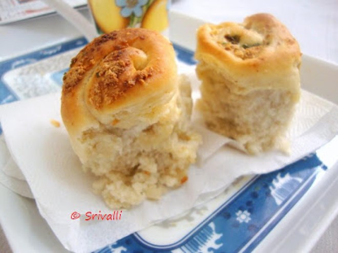 Garlic Pull-Apart Rolls Recipe