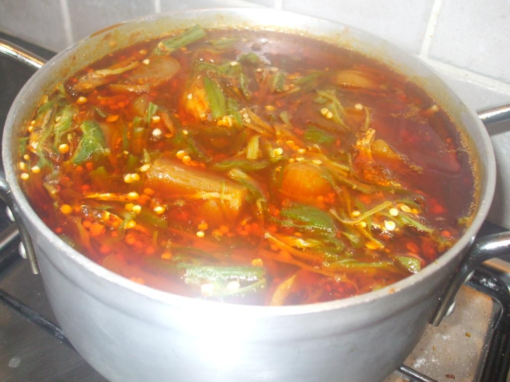Fetri toto [crushed okro] soup